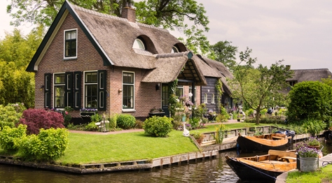 Giethoorn Dutch Village Netherlands