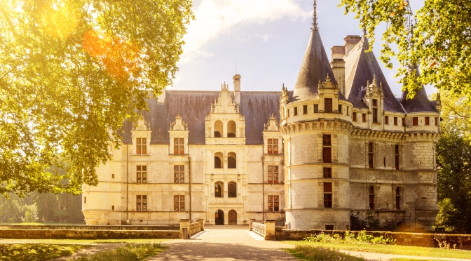 exploring the loire valley chateaux the treasure trove of france p o ferries blog. Black Bedroom Furniture Sets. Home Design Ideas