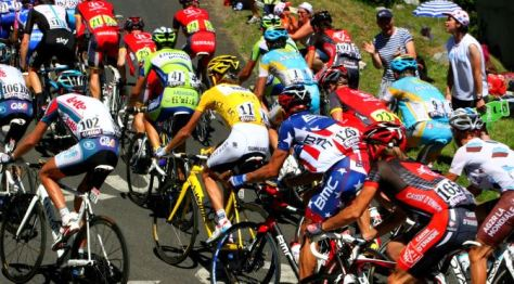 tour-de-france cyclists