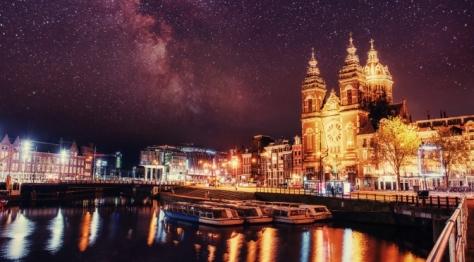 Magical city of Amsterdam at night